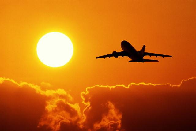 aereo volo viaggio risparmio